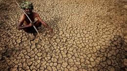 потрескавшаяся земля в Индии