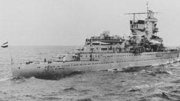 Голландский лёгкий крейсер де Рёйтер