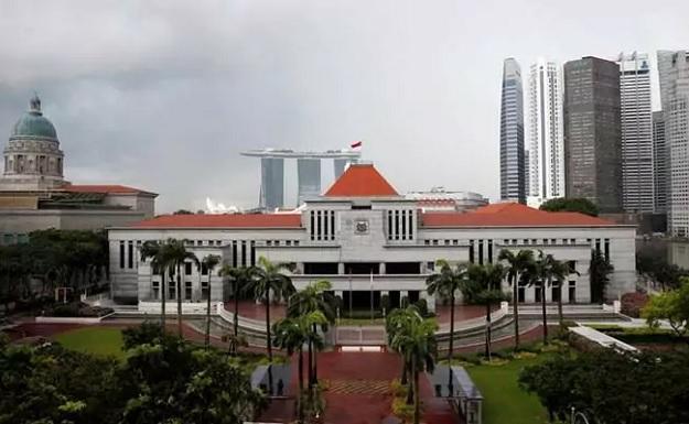 Правительство Сингапура приняло решение не повышать зарплату чиновникам